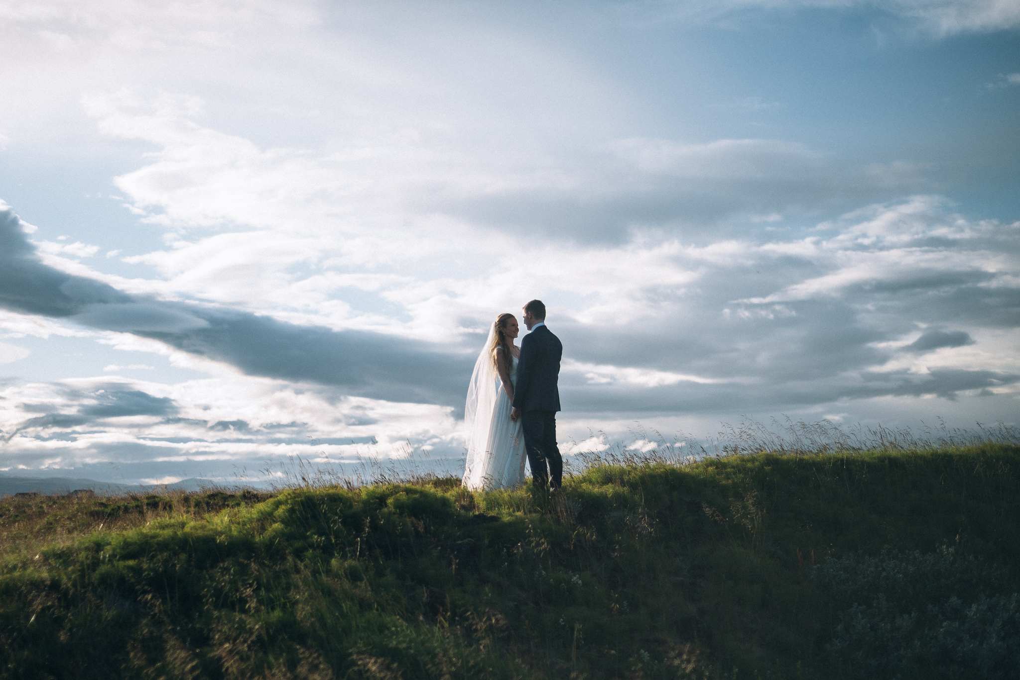 wedding photographer in the land of fire and ice