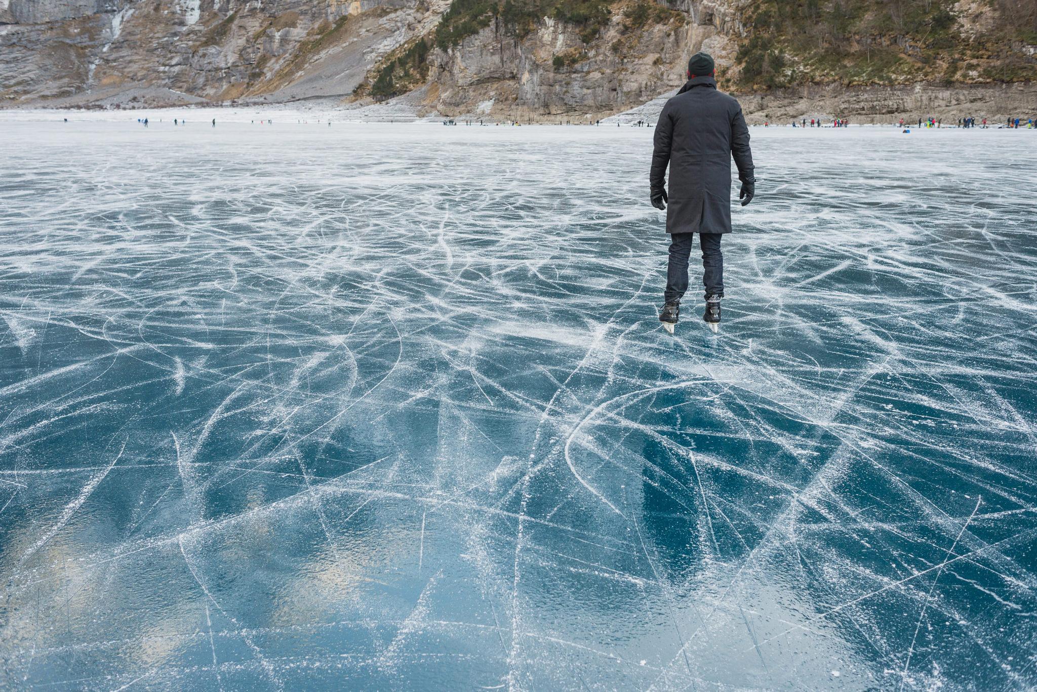 schlittschuhlaufen auf dem oeschinensee