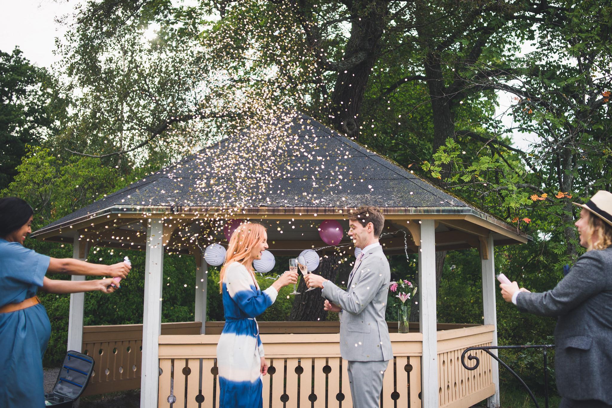 confetti bomb at wedding